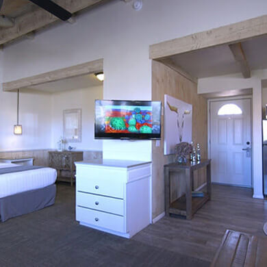 Sky Ranch Lodge Master Suite